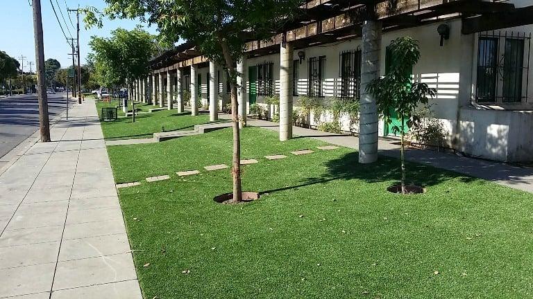 Hospital artificial turf install
