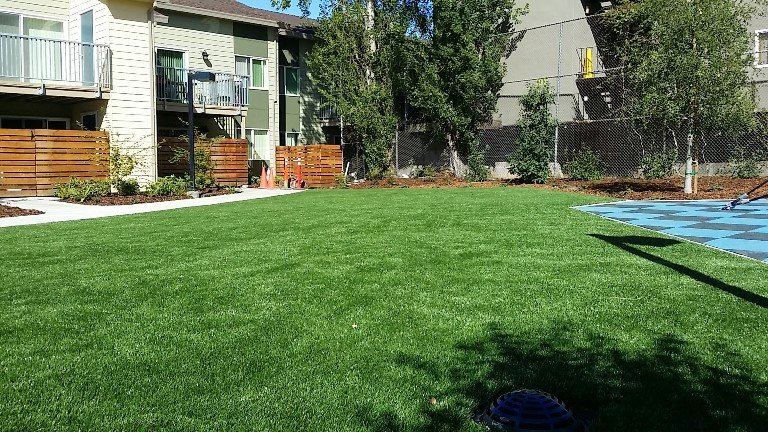 Multi synthetic grass install
