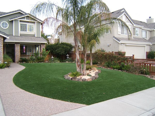 Save Water with artificial turf from Heavenly Greens