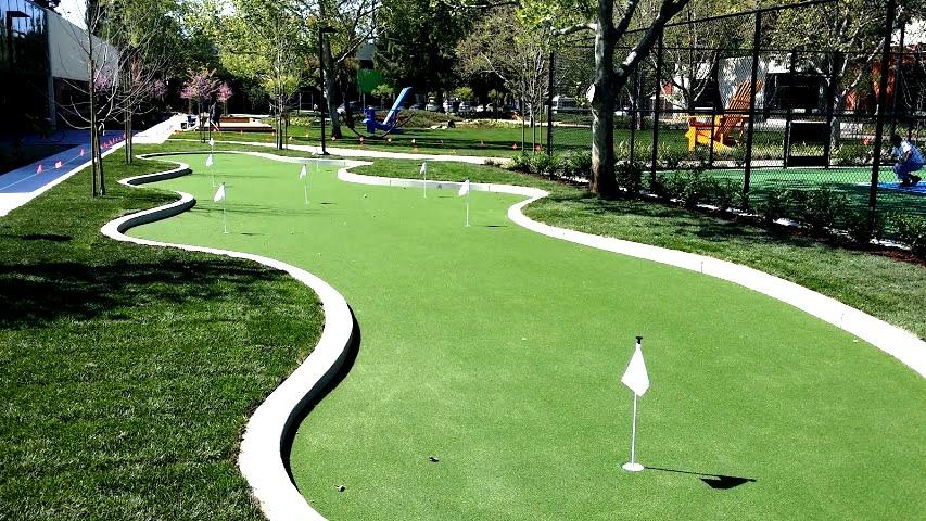 artificial putting green turf