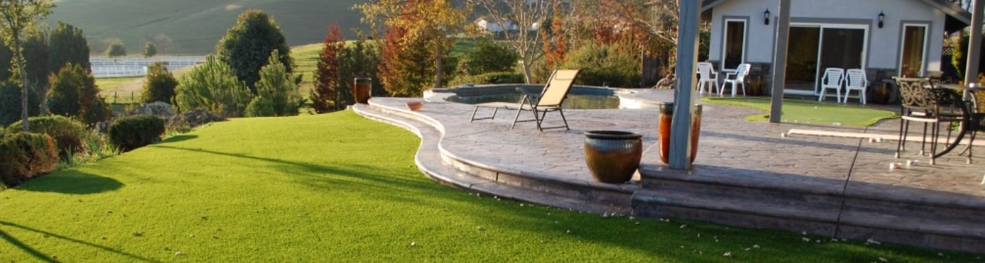 residential artificial turf in a backyard