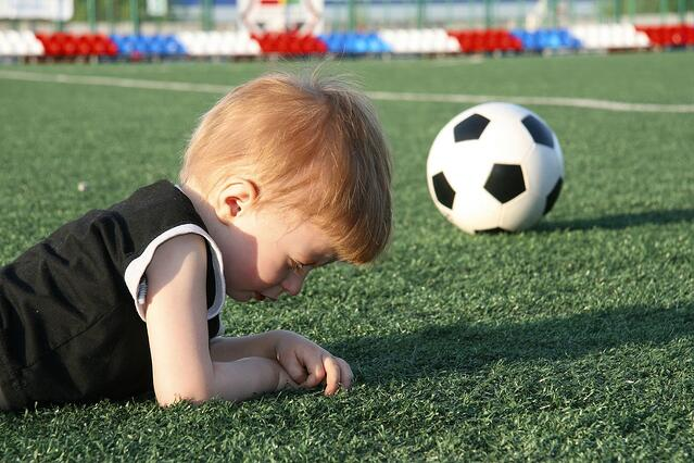 kids on artificial turf