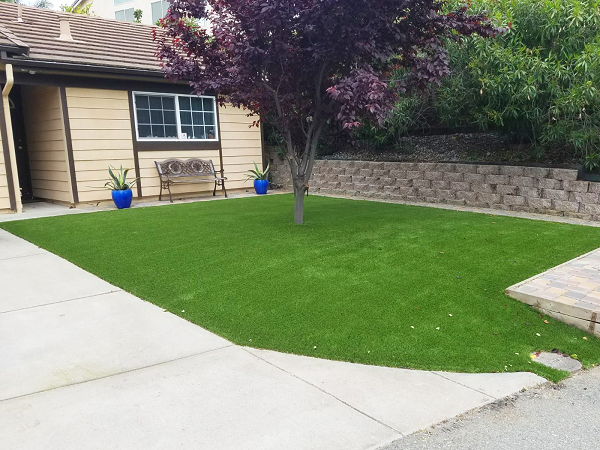 artificial turf installed in an Danville, california lawn