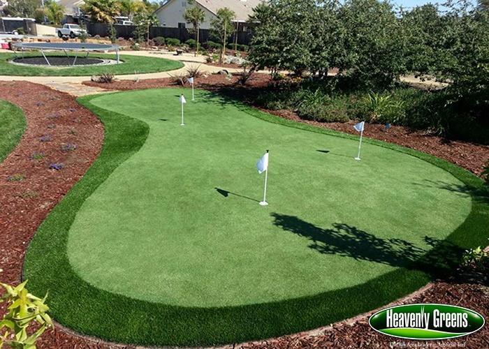 backyard putting greens