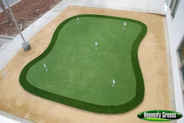 artificial putting green in a commercial area