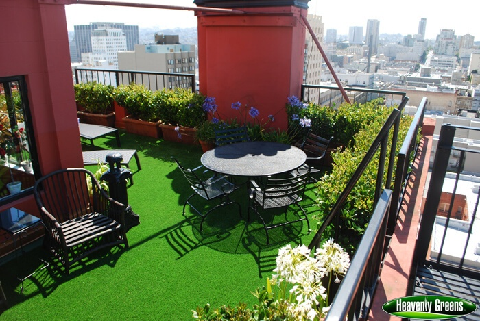 patio with artificial turf