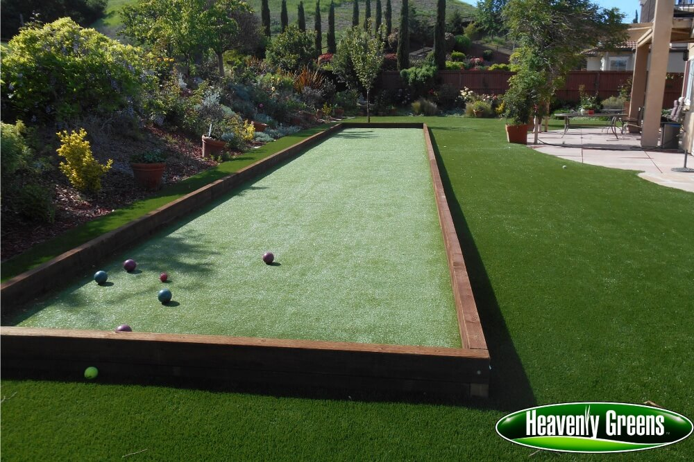 bocce ball court made of artificial turf