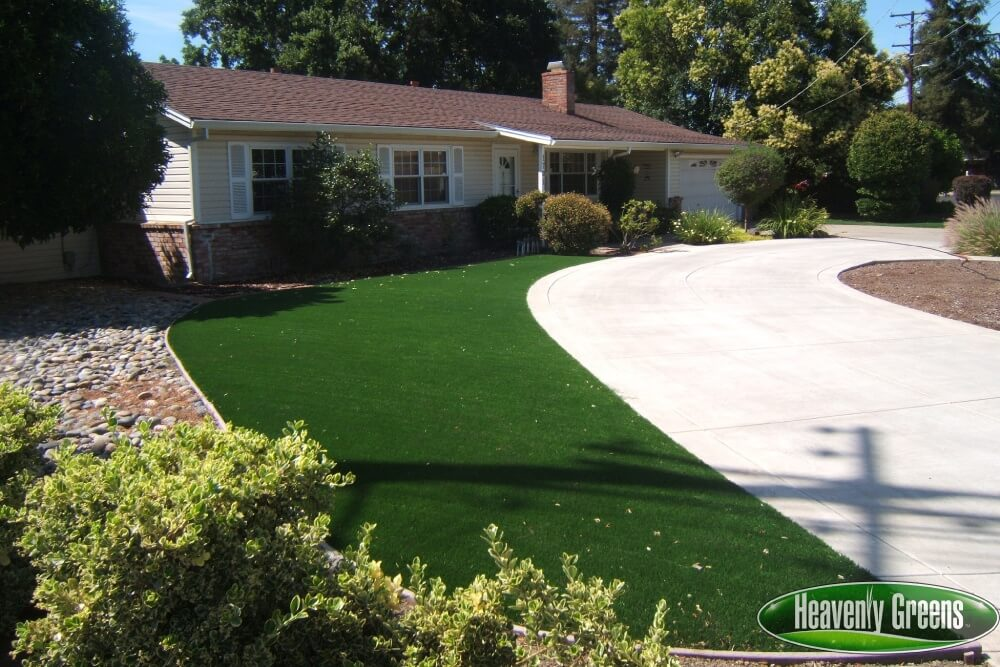 front yard with synthetic turf