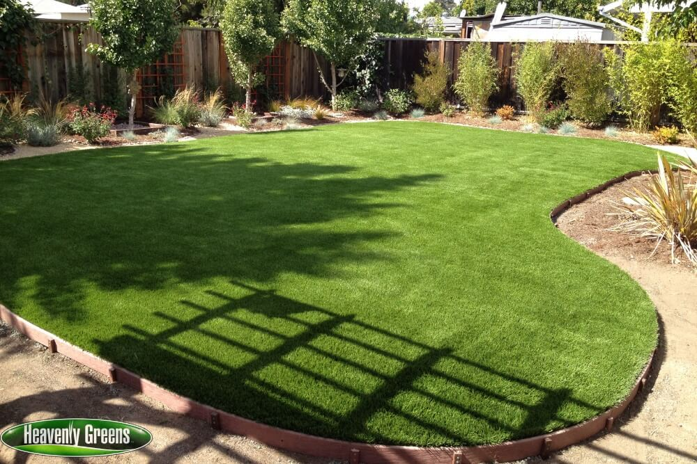 synthetic turf in yard